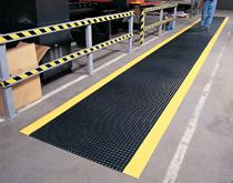车间地面防滑解决方案 工业防滑地垫地毯