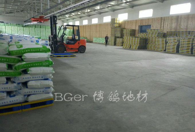 工厂货物仓库仓储托盘 按使用尺寸定制型托盘垫板 高分子材料组合式塑料托盘